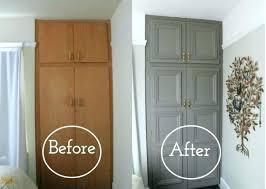 repeindre un bureau en bois repeindre un meuble en bois verni peindre meuble en chene vernis