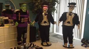 Life Size Halloween Skeleton by Gemmy Life Size Singing And Dancing Skeleton Youtube