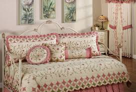 Full Size Comforter Sets Daybed Daybed Bedding Sets On Bedding Sets Queen And Best
