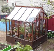 5 things to consider when building a greenhouse