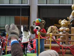 file miranda cosgrove at the 2008 macy s thanksgiving day parade