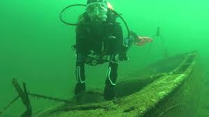 how big is table rock lake table rock lake scuba diving higgins boat youtube