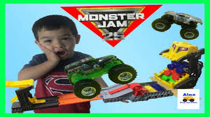 monster truck videos hotwheels monster jam front flip takedown monster truck videos for