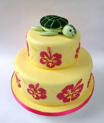 hawaii wedding cake with turtle topper jpg 677 800 wedding