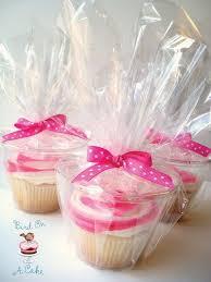 25 cupcake wedding favors ideas best 25 cupcake carrier ideas on cupcake holder box