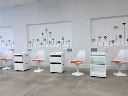 Nail Bar Table And Chairs Diverso Nail Bar 26 Photos U0026 30 Reviews Nail Salons 4001 Sw