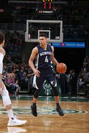 grizzlies fall short in milwaukee memphis grizzlies