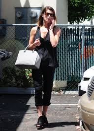 greene going to a nail salon in studio city may 2014