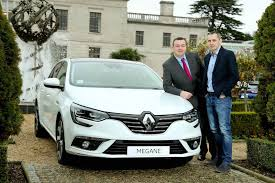 renault ireland irish car travel magazine renault gets on the road with gaa legends
