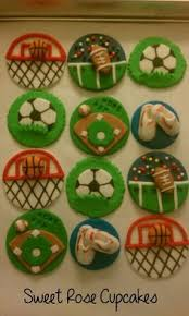 sports cake toppers fondant topped sports themed cupcakes cool cakes and cupcakes