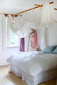 Artsy Bedroom Ideas Artsy Ways To Hang Kids U0027 Room Curtains