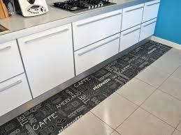 tappeti per cucine mai pi禮 senza passatoia in cucina tappetosumisura it