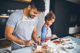 cuisiner pour les autres cuisiner pour les autres a des bienfaits psychologiques très positifs