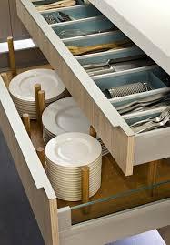 organisateur tiroir cuisine les tiroirs sont équipés de picots modulables pour accueillir toutes