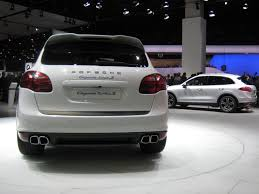 Porsche Cayenne Turbo S - pictures details and pricing for the 2014 porsche cayenne turbo s