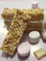 cuisiner du riz blanc barres croustillantes riz soufflé guimauve chocolat blanc pour le