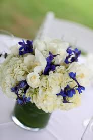 white and blue floral arrangements image result for http www flower arrangement advisor