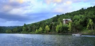cing at table rock lake in branson mo cabins in branson mo rent cabins in branson