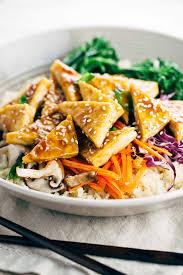 comment cuisiner le tofu healthy teriyaki tofu bowl with cauliflower rice gavin