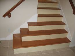 glamorous wooden stairs design with modern and natural wooden