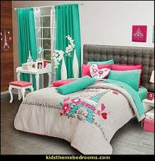 eiffel tower decor for bedroom 1000 images about paris bedroom on