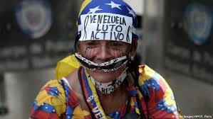 imagenes de venezuela en luto thousands of women march across venezuela as political crisis
