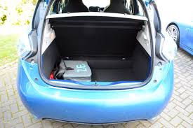 renault fluence trunk renault zoe z e 40 review greencarguide co uk