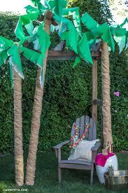 25 unique palm tree decorations ideas on luau