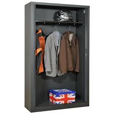 armoire metallique chambre ado idées pour aménager avec une armoire métallique les styles d
