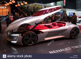 renault trezor geneva switzerland march 7 2017 renault trezor concept car