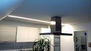 led beleuchtung küche kche mit led beleuchtung beautiful bilder weiss holz fronten