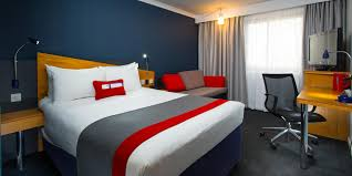 holiday inn express manchester salford quays hotel by ihg