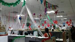 Decorating Desk For Christmas The Most Creative Ways To Decorate Your Office Cubicle For