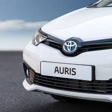 toyota family car toyota marks 25 years of building cars in britain with new auris