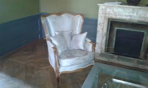 canape regence rénovation de canapé style régence dans le beaujolais christian