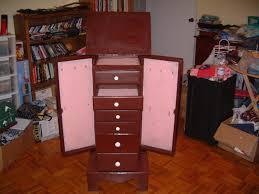choosing best standing mirror jewelry armoire