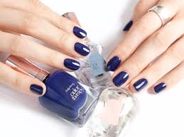 tips to master painting your own nails