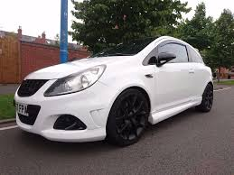 opel corsa opc white vauxhall corsa vxr 1 6 turbo white colour 3 door 2007 model in