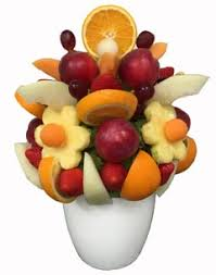 edible fruit bouquet delivery edible bouquets fruit bouquets edible arrangements hers