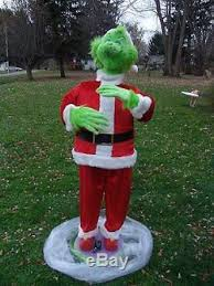 grinch christmas decorations size animated singing grinch christmas decoration 5 ft