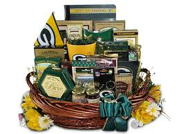 football gift baskets packers fan club gift basket packers gift baskets green bay