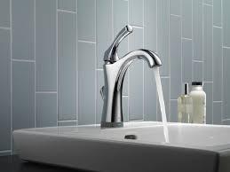 Addison Delta Kitchen Faucet Delta Touchless Faucets Reviews Best Faucets Decoration