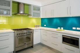 credence cuisine originale crédence cuisine 91 idées pour agrémenter sa cuisine turquoise