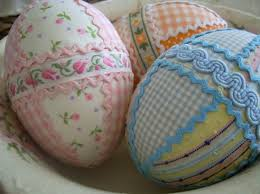 Decorating Easter Eggs With Lace by Simple Diy Easter Egg Decorating Tips Home Is Where The Heart Is