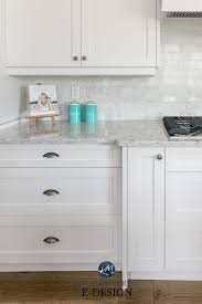 what tile goes with white cabinets white kitchen cabinets 3 palettes to create a balanced and