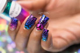lacquer lockdown kaleidoscope linear foil nail art tutorial