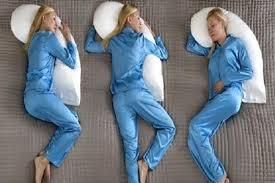 cuscini per dormire bene come assumere una postura corretta per dormire bene