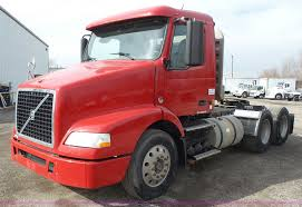 volvo semi truck price 2007 volvo vnm 64t200 semi truck item j4664 sold march