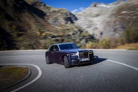 roll royce road rolls royce phantom will go full electric in the future