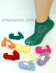 travel socks images Japanese magic expanding solid color wool travel socks footies jpg